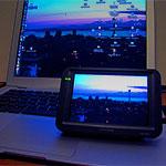 Компактные дисплеи завоёвывают рынок.